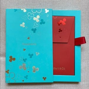 Tiffany & Co. Party Supplies - Tiffany&Co paper flowers envelopes Box of 8